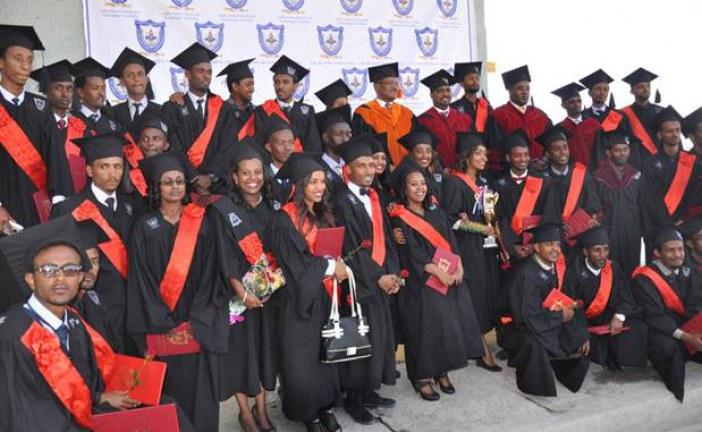 AASTU Graduates its first batch Architects